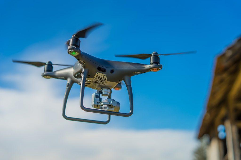 Dron z kamerą termowizyjną daje cenne minuty, które mogą uratować życie