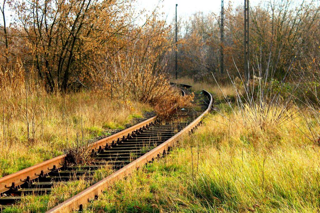 Stare drewniane podkłady kolejowe zabójcze jak azbest?