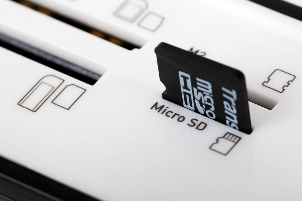 Komputery miniPC wydajnością dorównują już zwykłym pecetom