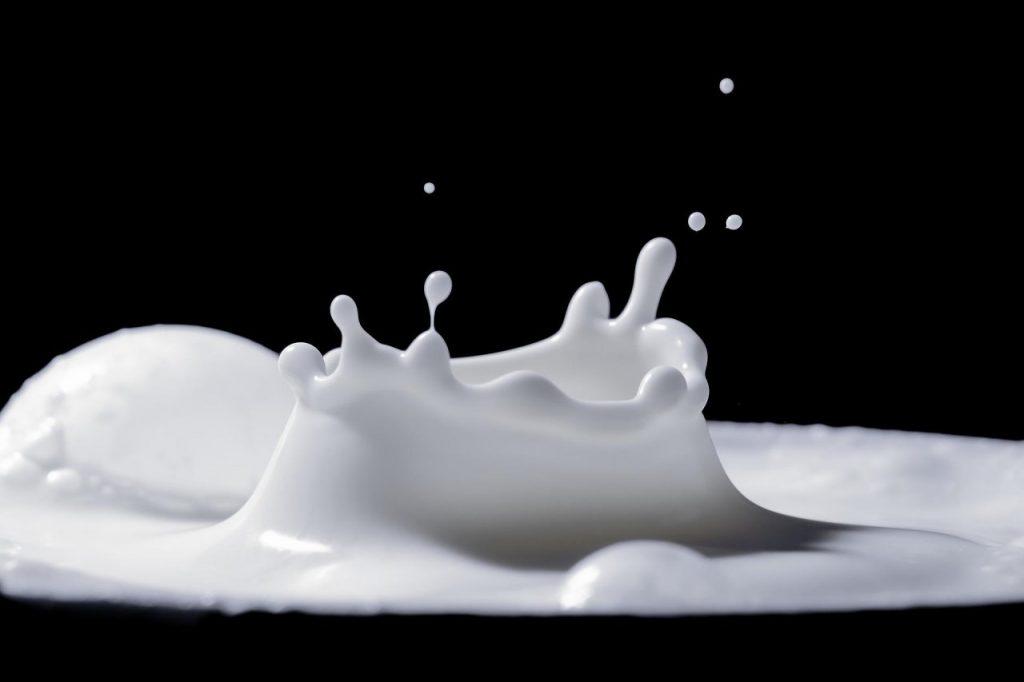 Dieta przy nietolerancji laktozy – co warto wiedzieć?